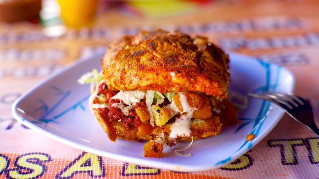 Morelia featuring food