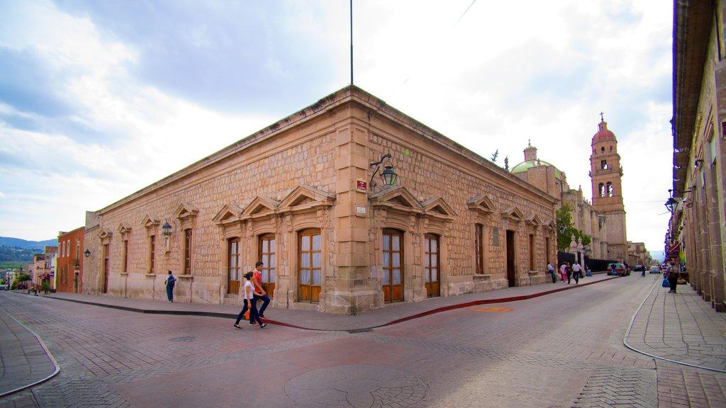 Casa Natal de Morelos which includes street scenes and heritage architecture
