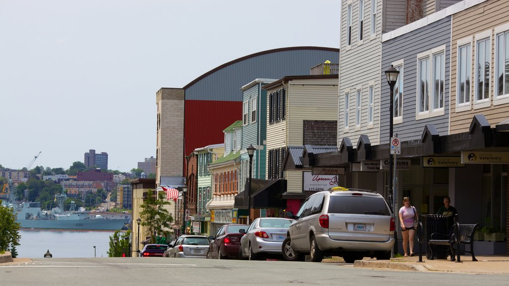 Dartmouth showing a coastal town and street scenes