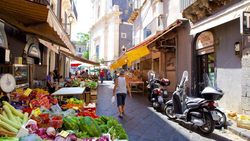 Catania que incluye escenas urbanas y comida
