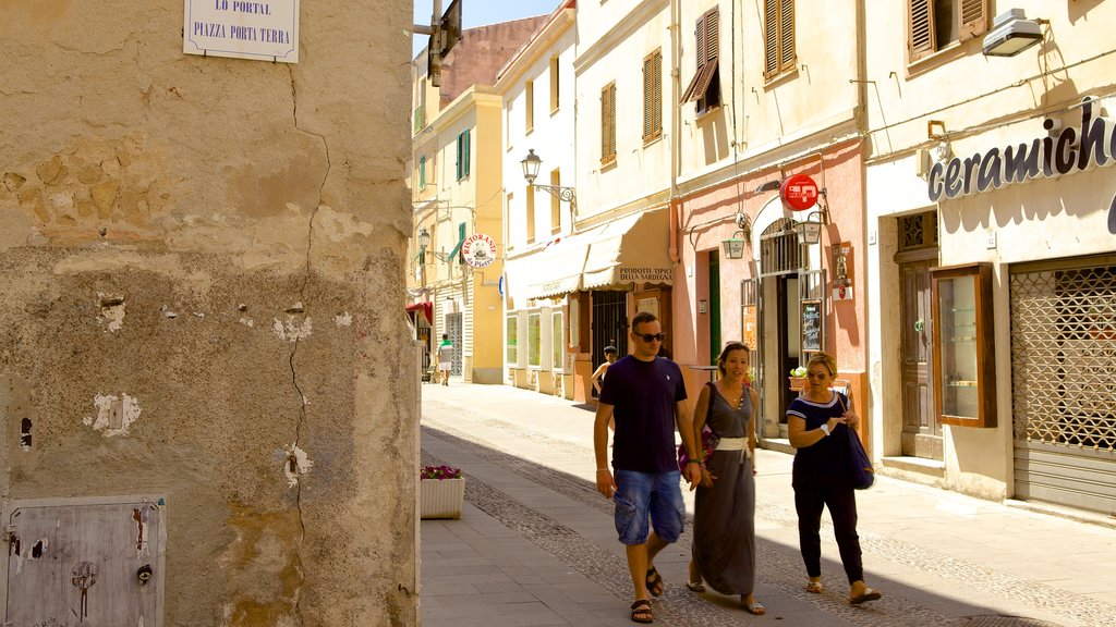 Alghero featuring street scenes, heritage architecture and a small town or village