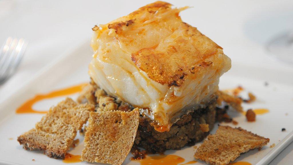 Santiago de Compostela which includes food