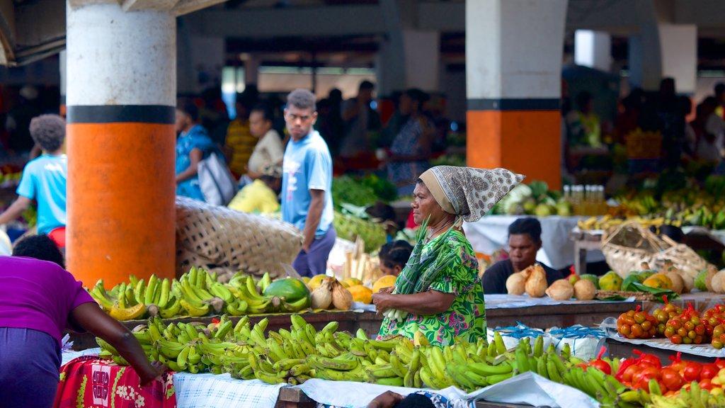 Port Vila mostrando una pequeña ciudad o pueblo, mercados y compras