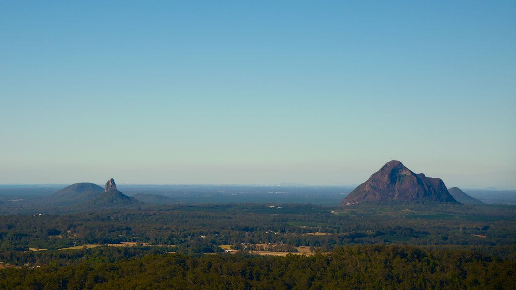Glasshouse Mountains National Park showing landscape views, mountains and tranquil scenes