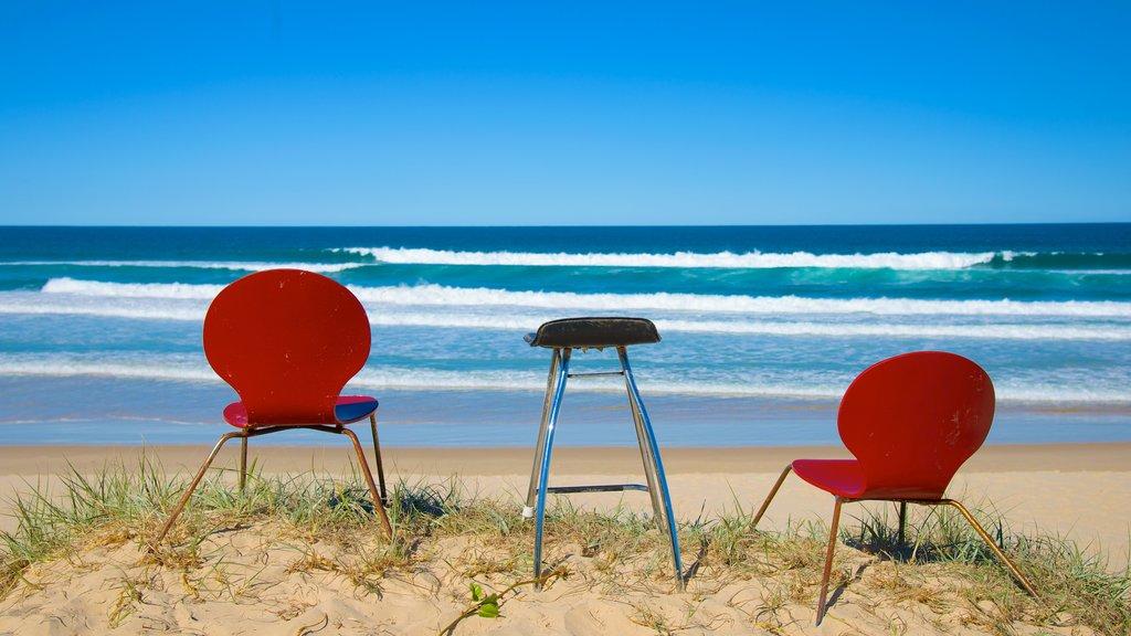 Peregian Beach ofreciendo una playa