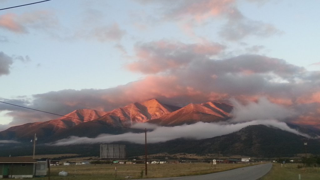 Buena Vista which includes landscape views, mountains and a sunset