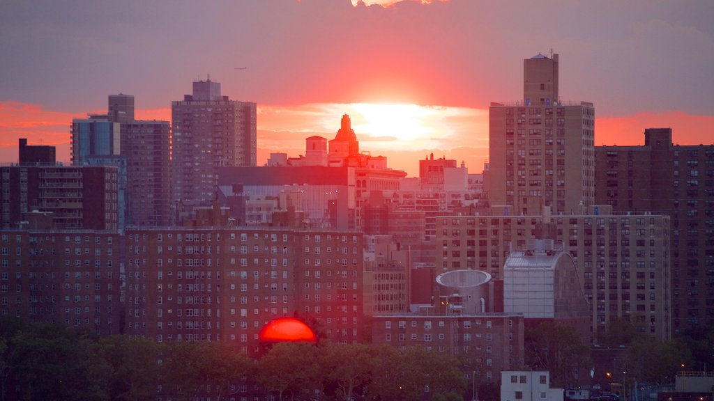 Brooklyn featuring a city, a sunset and skyline