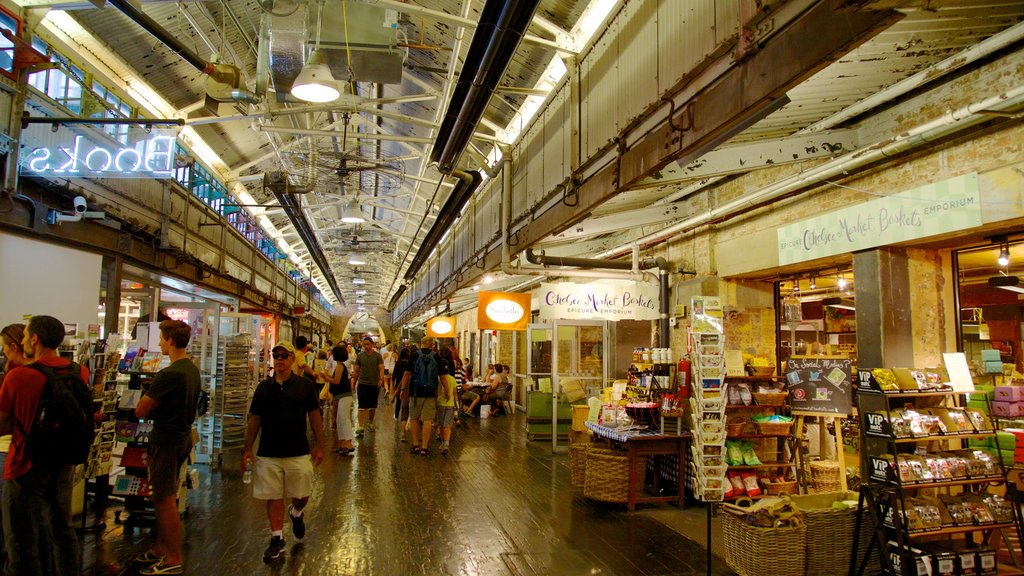 Chelsea Market showing interior views, markets and shopping