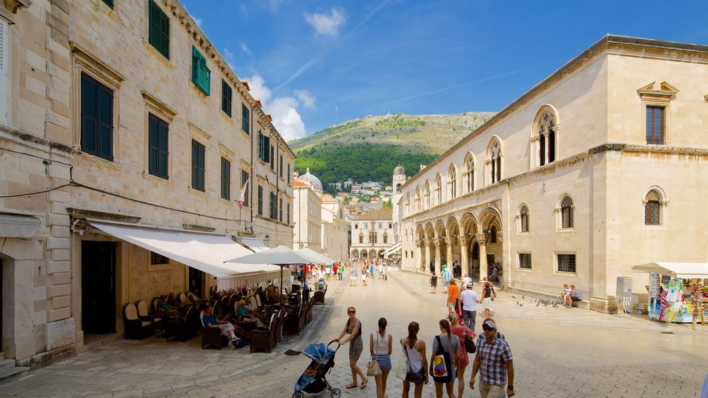 Rector\'s Palace which includes street scenes