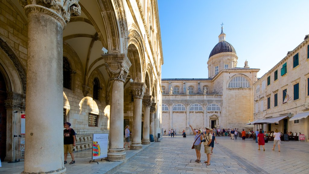 Dubrovnik Cathedral which includes heritage architecture, a church or cathedral and street scenes