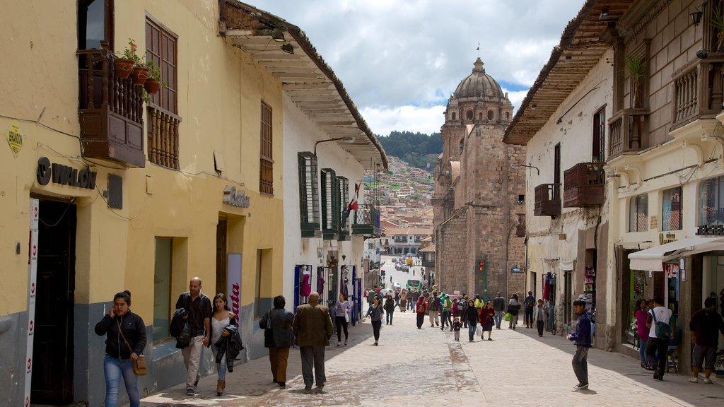 Cusco featuring street scenes
