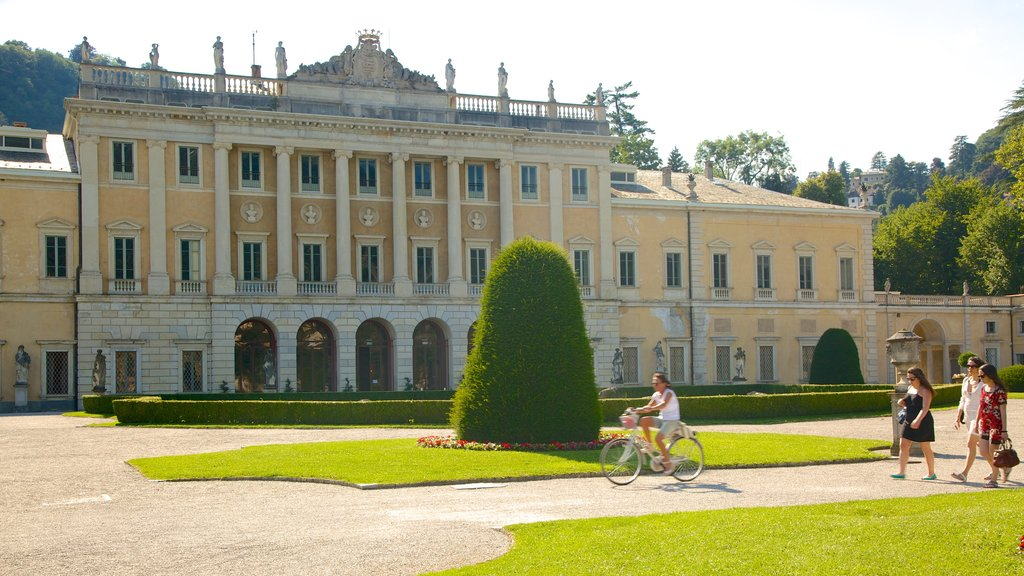 Villa Olmo featuring a castle and an administrative buidling