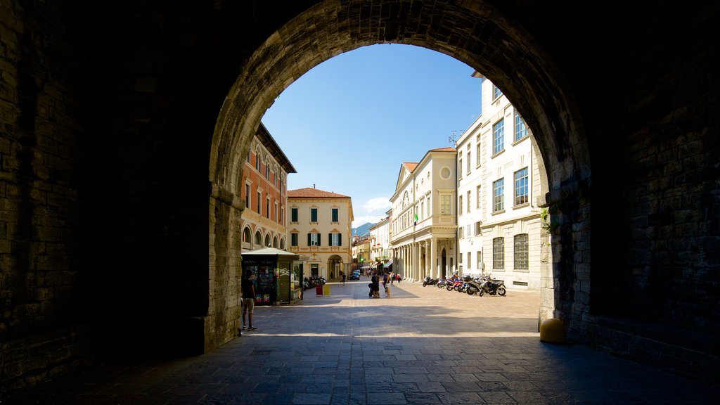 Piazza Vittoria featuring heritage architecture and a square or plaza