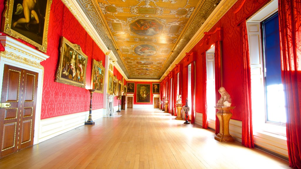 Kensington Palace showing chateau or palace, heritage architecture and heritage elements