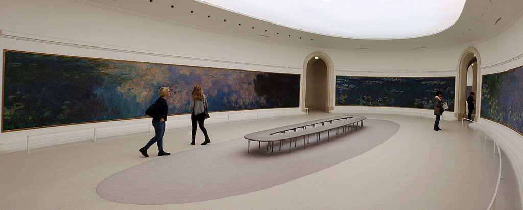 Le Ninfee di Monet nella sala ovale del Musée de l'Orangerie - By I, Sailko, CC BY-SA 3.0, https://commons.wikimedia.org/w/index.php?curid=47311155