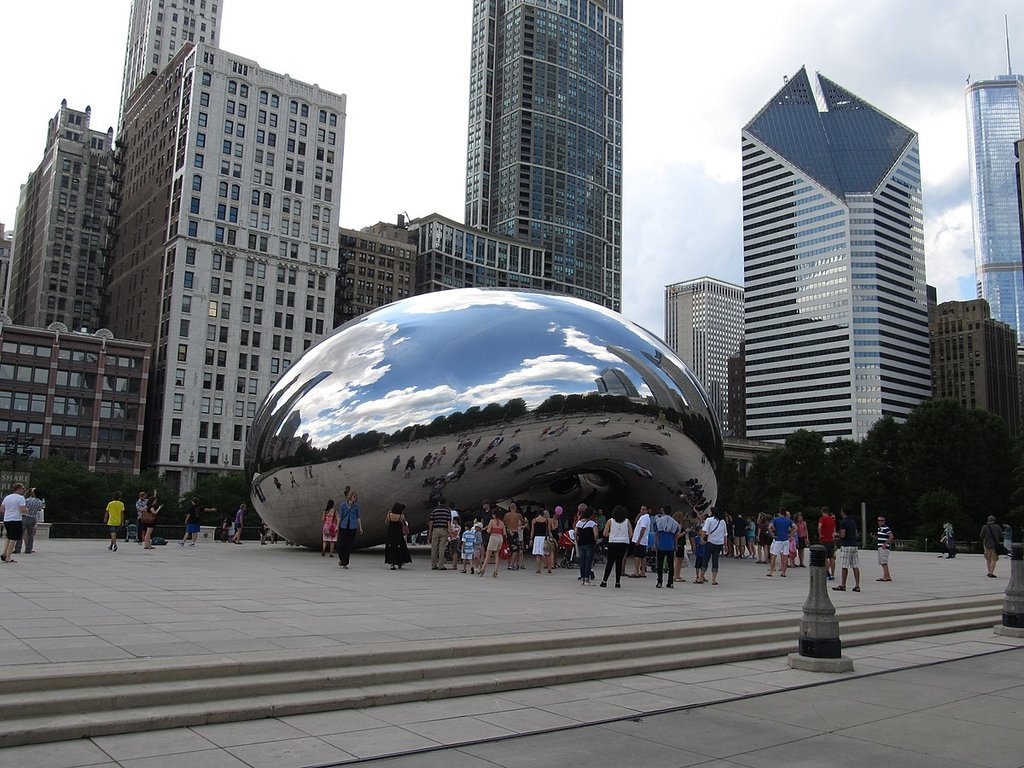 Cloud Gate (By Ken Lund from Reno, Nevada, USA - Cloud Gate (The Bean), Millennium Park, Chicago, Illinois, CC BY-SA 2.0, https://commons.wikimedia.org/w/index.php?curid=56731123)