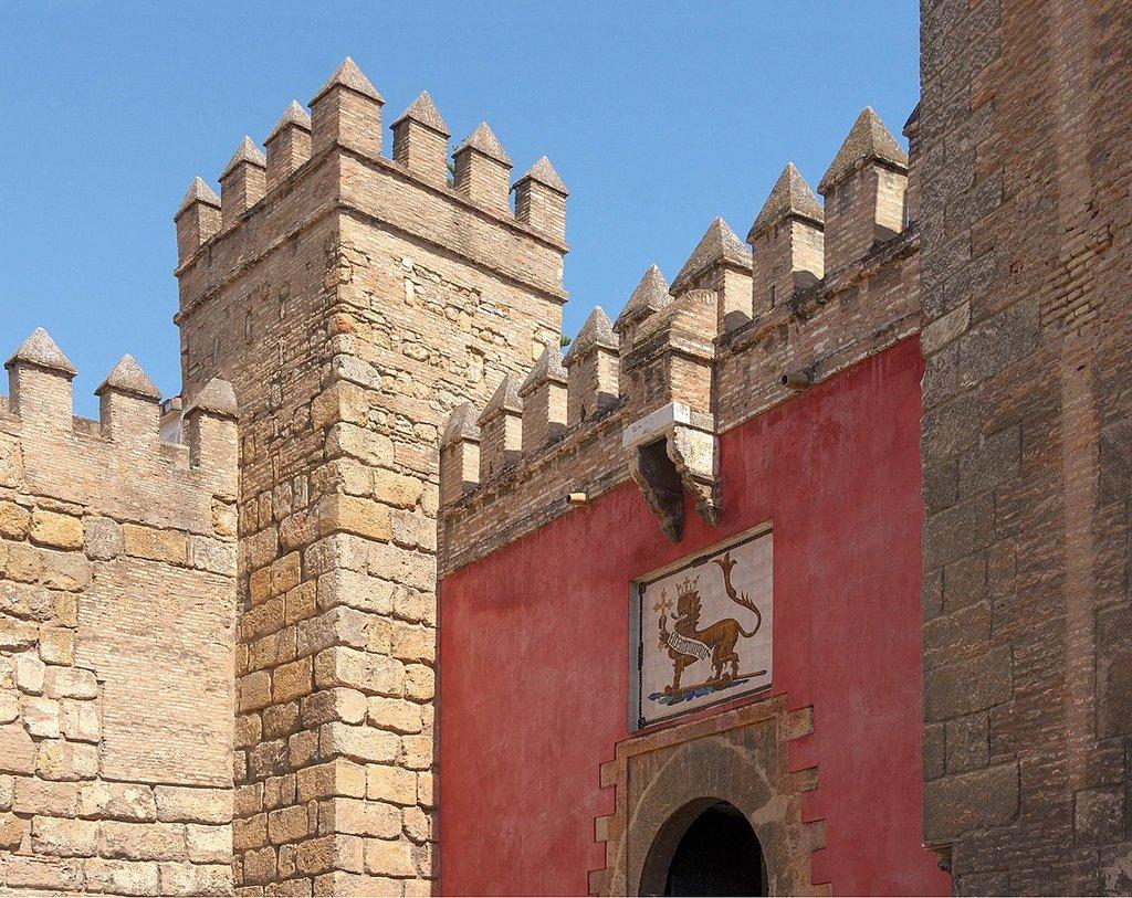 Dettaglio della Puerta del Leon - By Jebulon - Own work, CC0, https://commons.wikimedia.org/w/index.php?curid=22049372