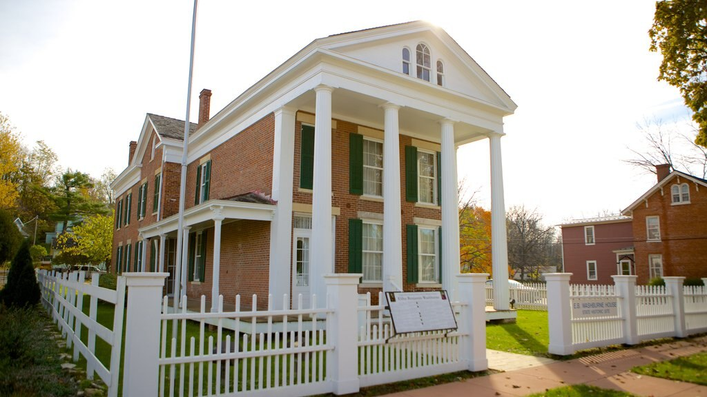Washburne House Historic Site featuring heritage elements and a house