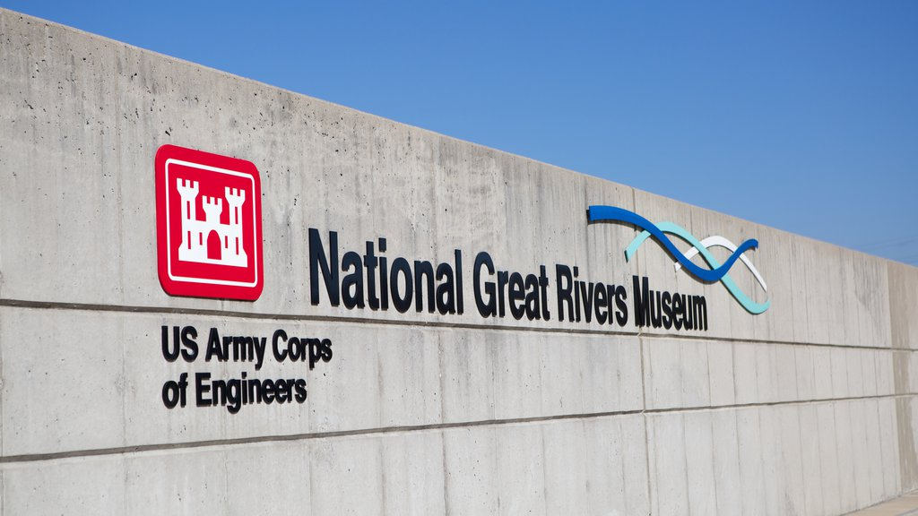 National Great Rivers Museum which includes signage