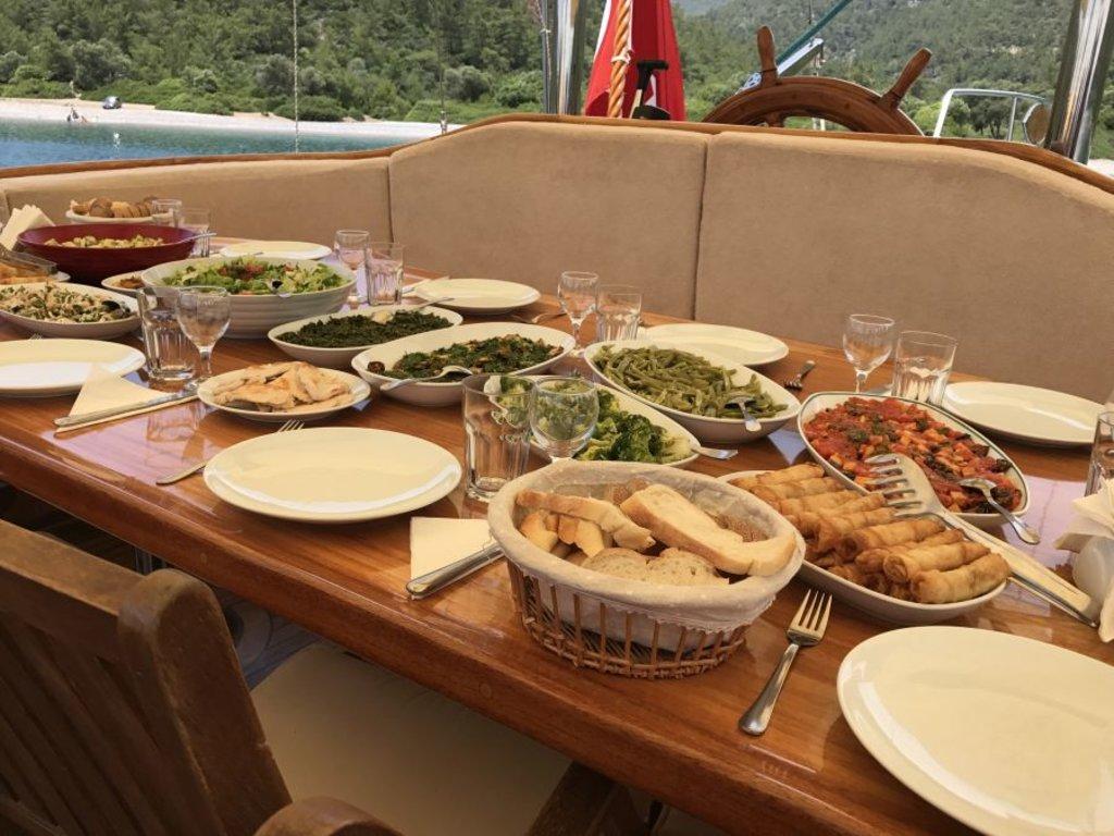 La cucina turca con i piatti proposti durante la Crociera Blu - Photo Credit: Francesca Spanò