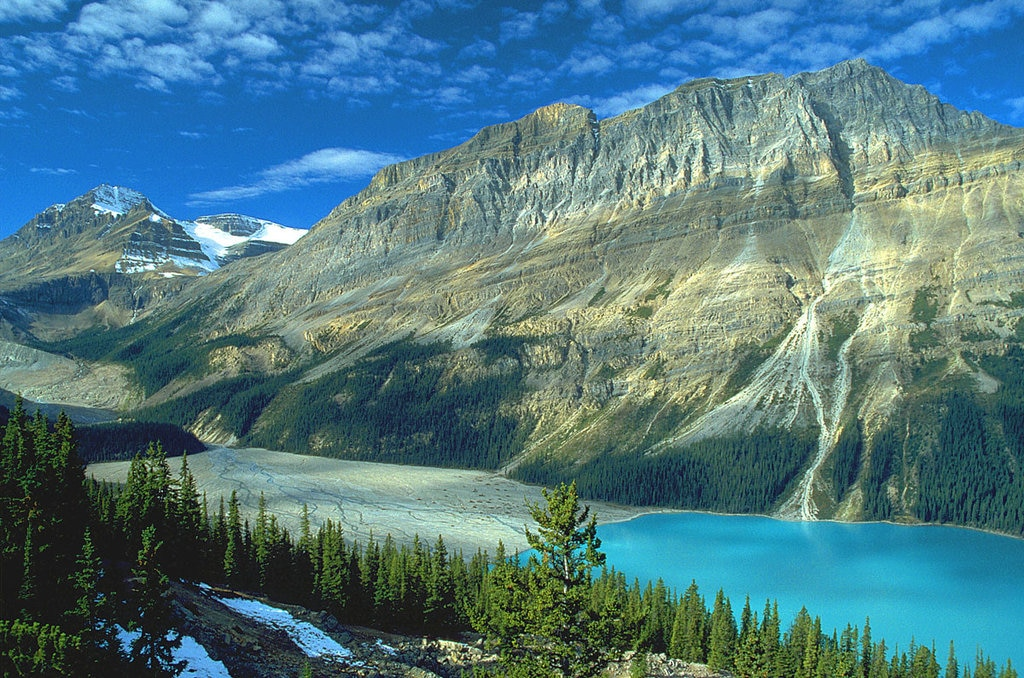 Peyto Lake - Banff National Park in the Canadian Rockies - By Christian Abend from Laufen /, Bayern / Deutschland (Peyto Lake am Icefields Parkway)  , via Wikimedia Commons