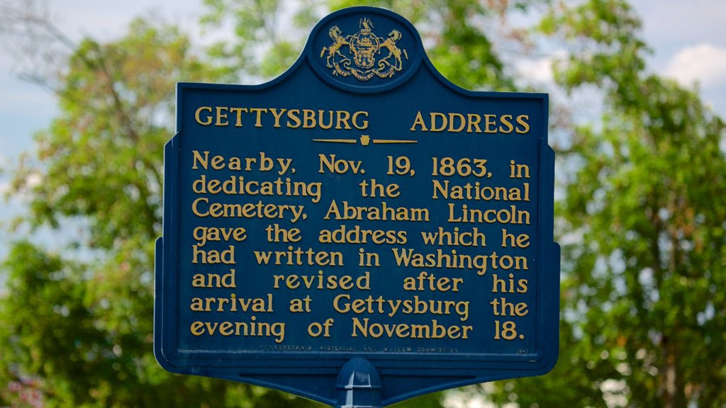 Gettysburg National Military Park showing heritage elements and signage