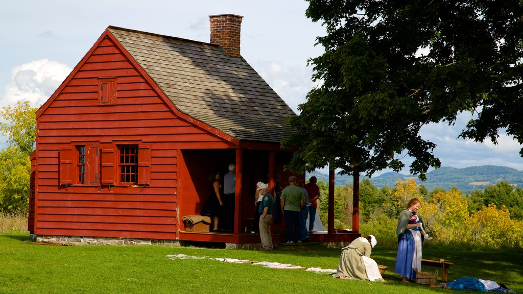 Saratoga National Historical Park which includes heritage architecture and tranquil scenes