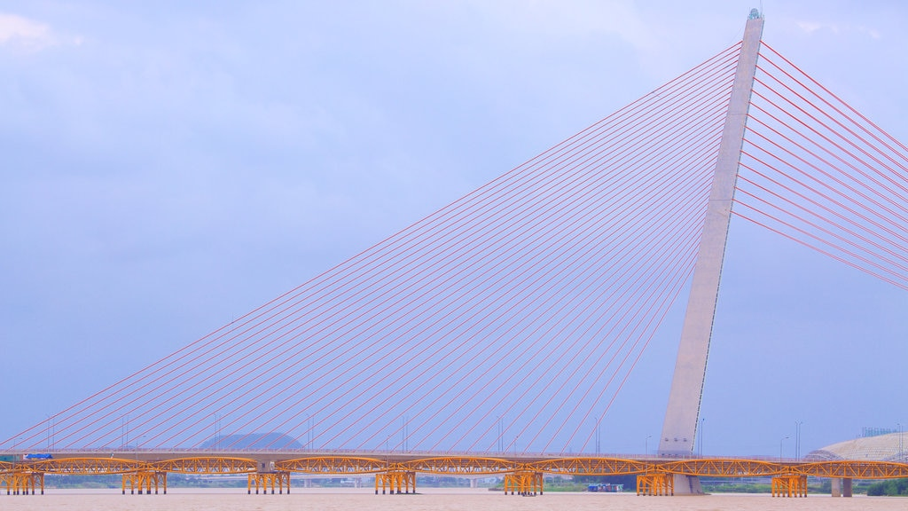 Han River showing a bridge and modern architecture