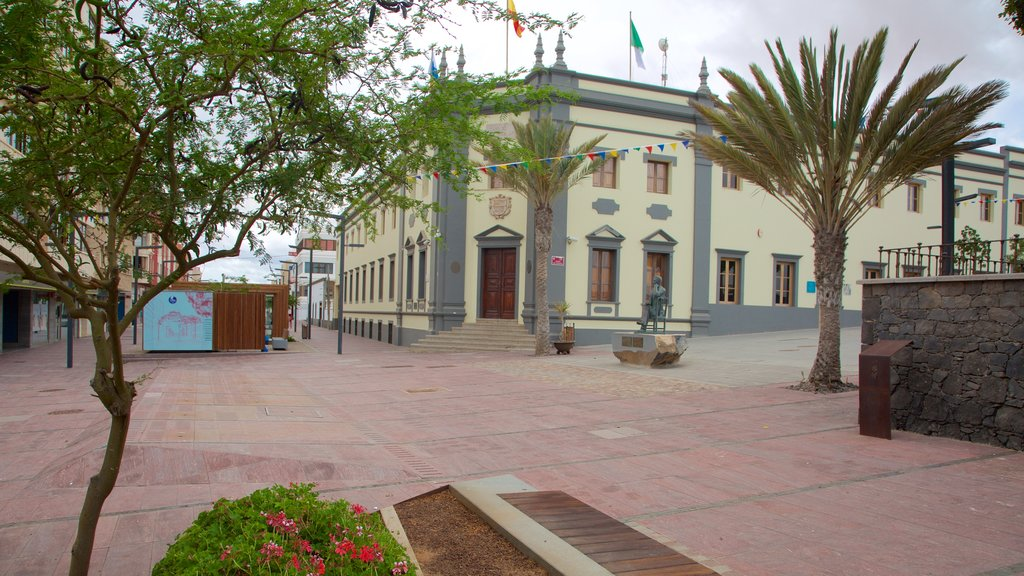 Puerto del Rosario which includes a square or plaza and a city