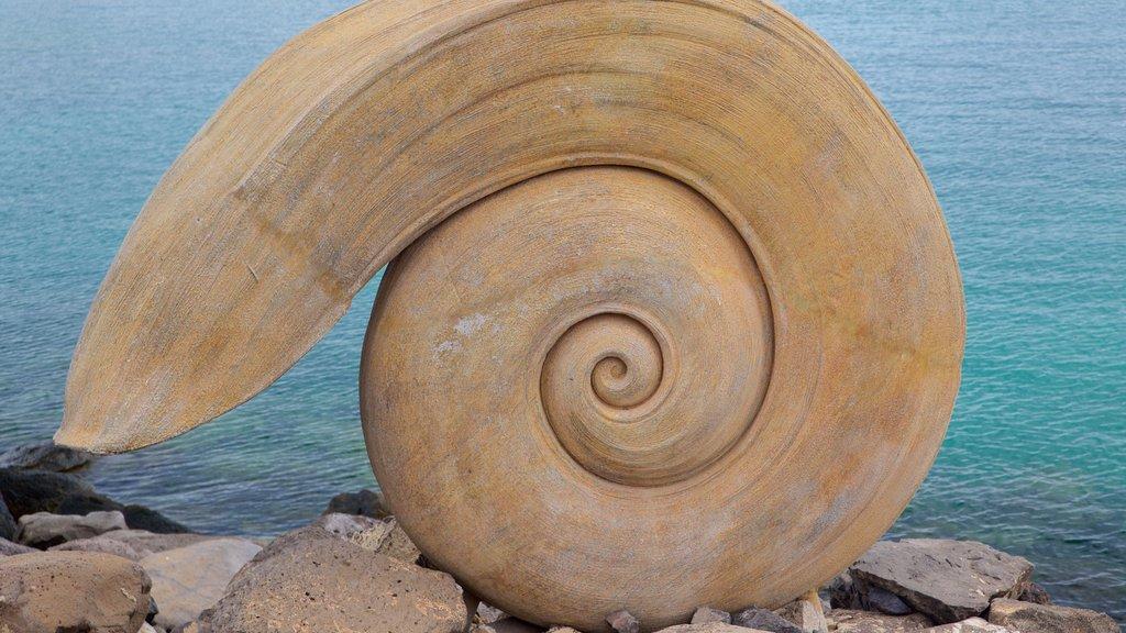 Puerto del Rosario showing art, general coastal views and outdoor art