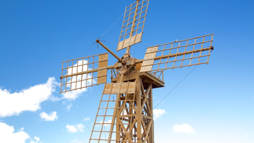 Teguise showing a windmill