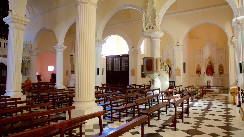 Teguise which includes interior views, heritage architecture and a church or cathedral
