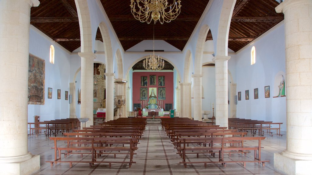 La Oliva featuring a church or cathedral, heritage architecture and heritage elements