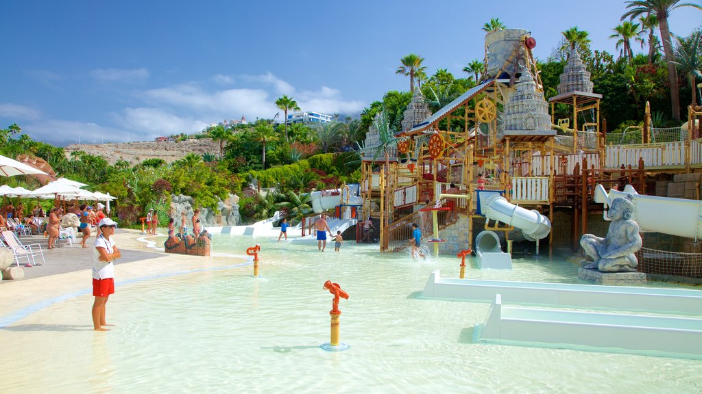 Siam Park which includes a waterpark