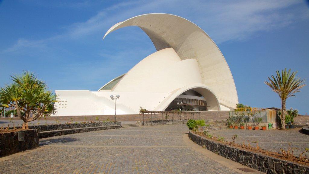 Auditorio de Tenerife which includes modern architecture