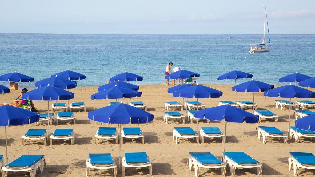 Las Vistas Beach showing a beach, a luxury hotel or resort and general coastal views