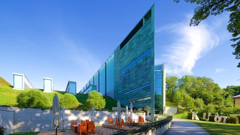 Kumu Art Museum showing modern architecture
