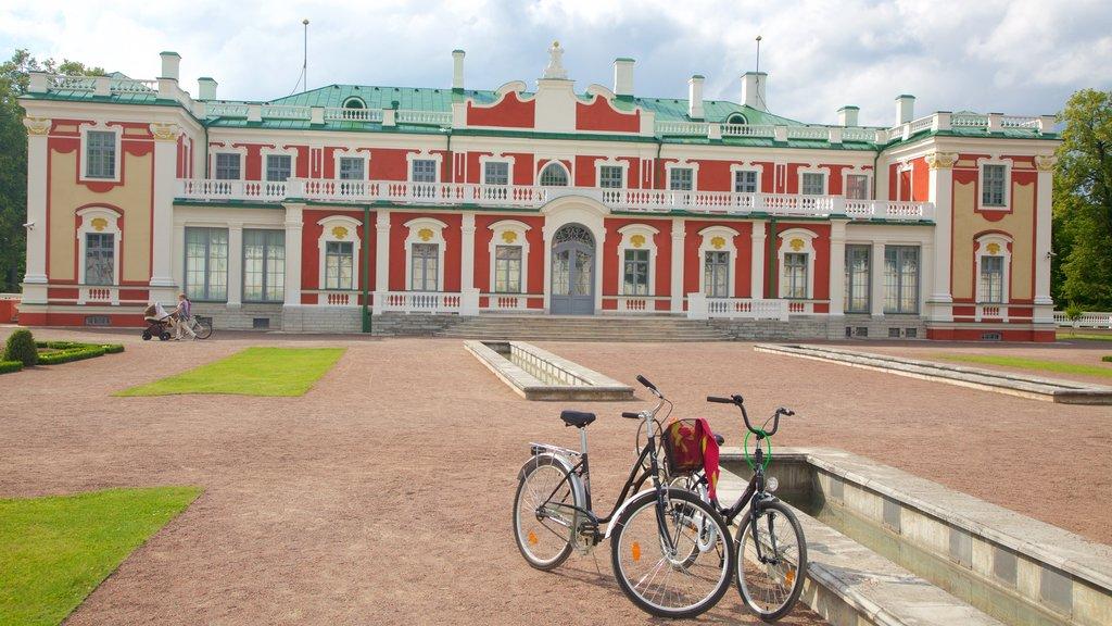 Kadriorg Palace showing heritage architecture
