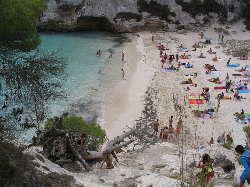8 Playas Que No Te Puedes Perder En Menorca Explore De Expedia