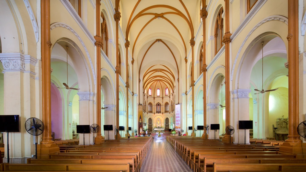Saigon Notre-Dame Basilica which includes heritage architecture, religious aspects and interior views