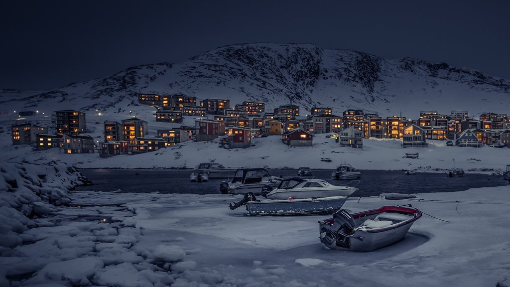 Nuuk showing night scenes, mountains and snow