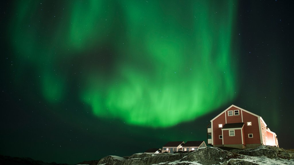Nuuk showing northern lights, a house and night scenes