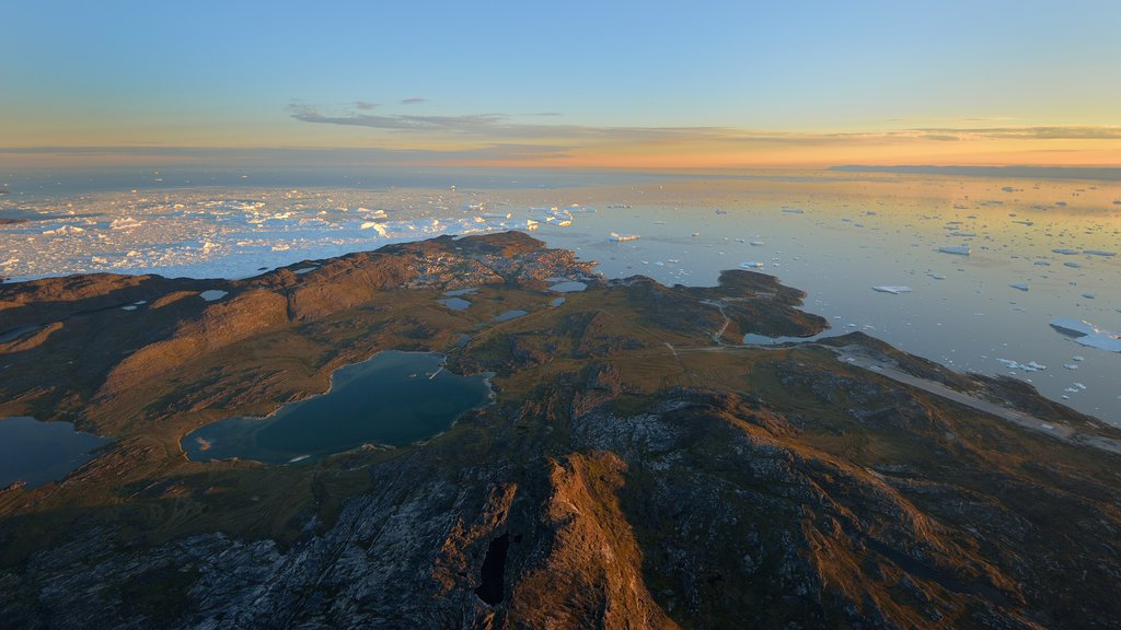 Ilulissat featuring landscape views, general coastal views and mountains