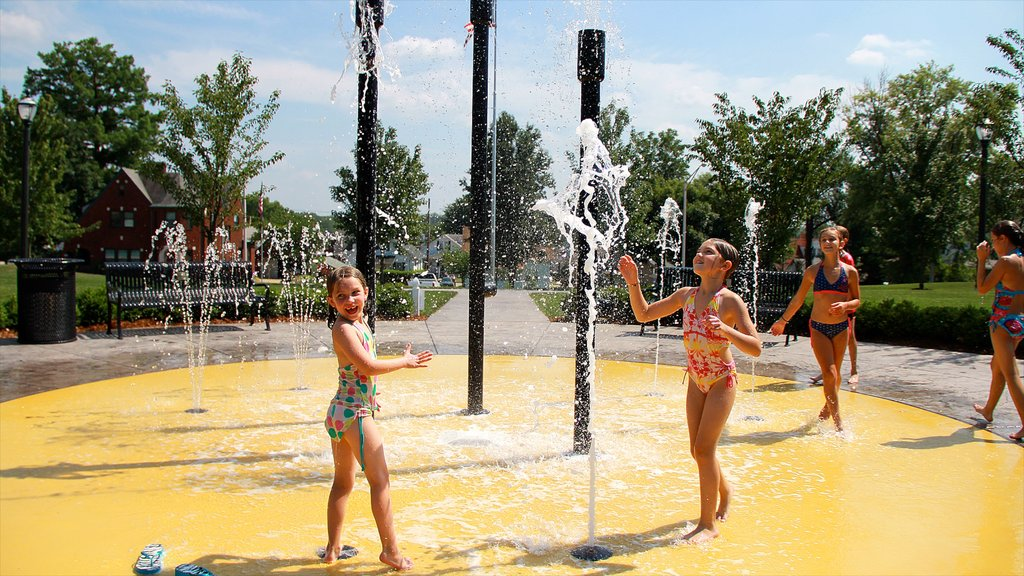 Jasper featuring a fountain as well as children