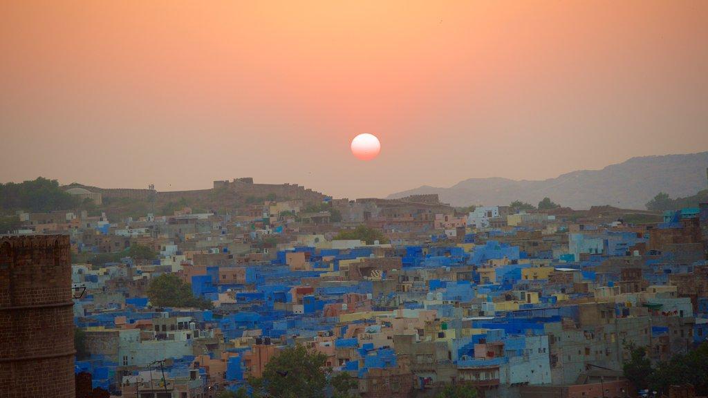 Jodhpur showing a city and a sunset