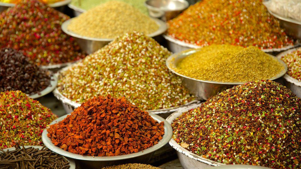 Manek Chowk mostrando mercados y comida