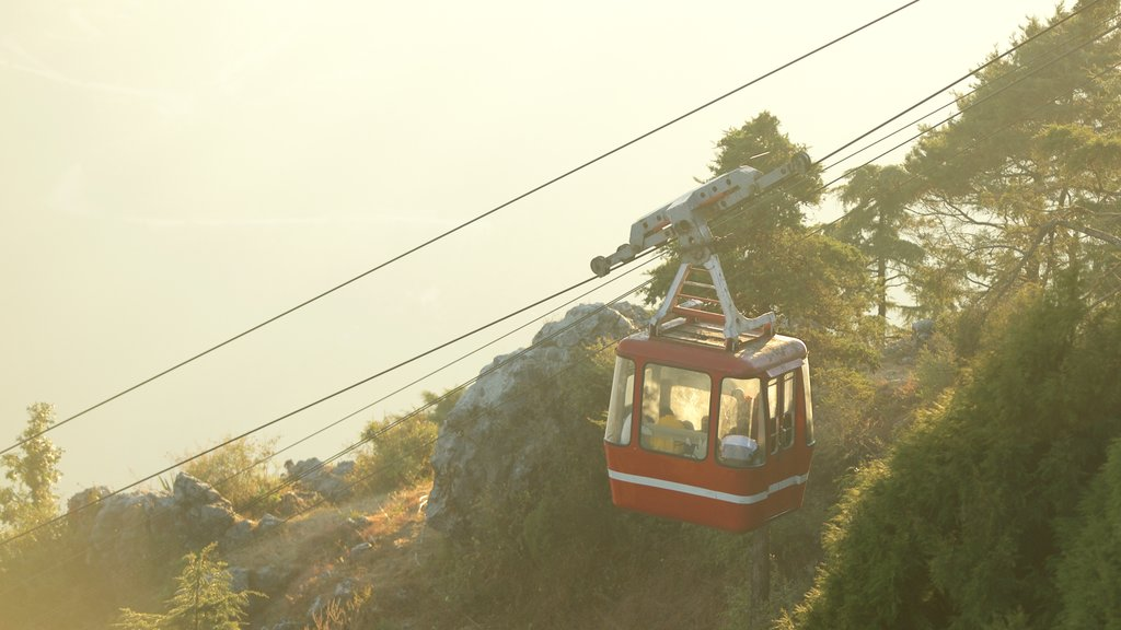 Gun Hill which includes a gondola