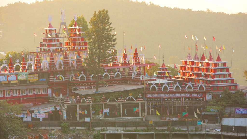 Mussoorie showing a temple or place of worship