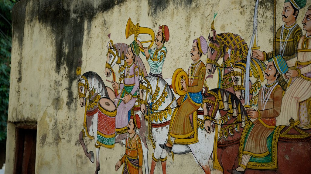 Udaipur which includes art and outdoor art