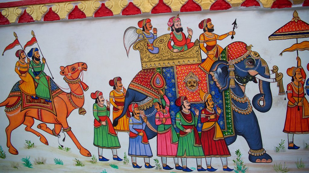 Udaipur showing outdoor art and art